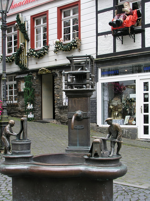 Weberbrunnen in Monschau