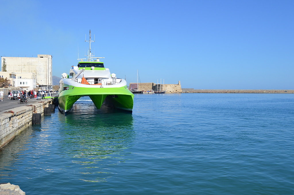 Highspeed 4 der Hellenic Seaways in Heraklion