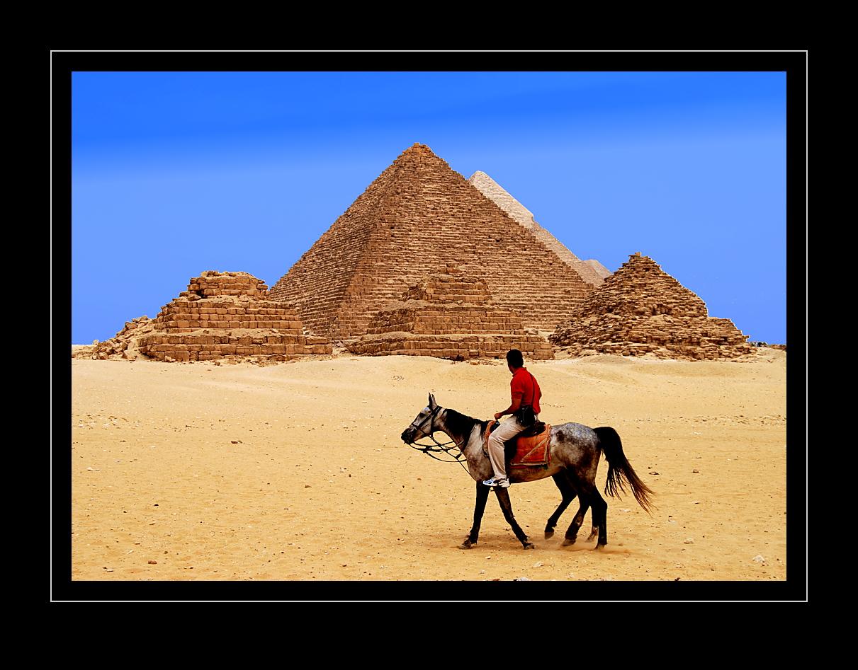 6 Pyramiden