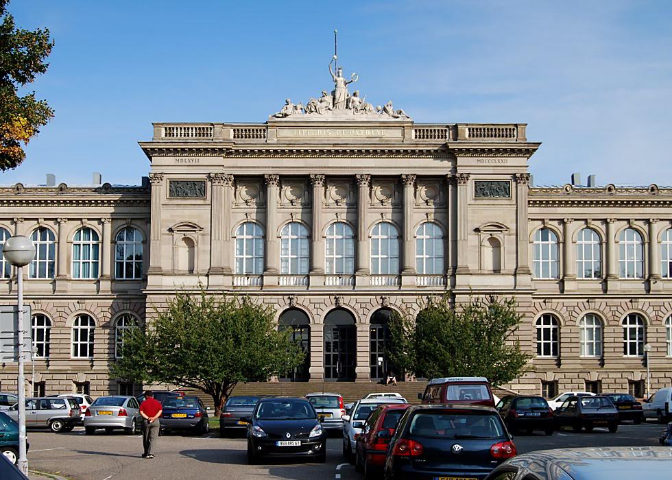 Universitaire >> Strasbourg: Palais universitaire, place de l'Université
