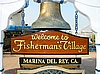 Los Angeles, Fisherman's Village, Schiffsglocke am Eingang